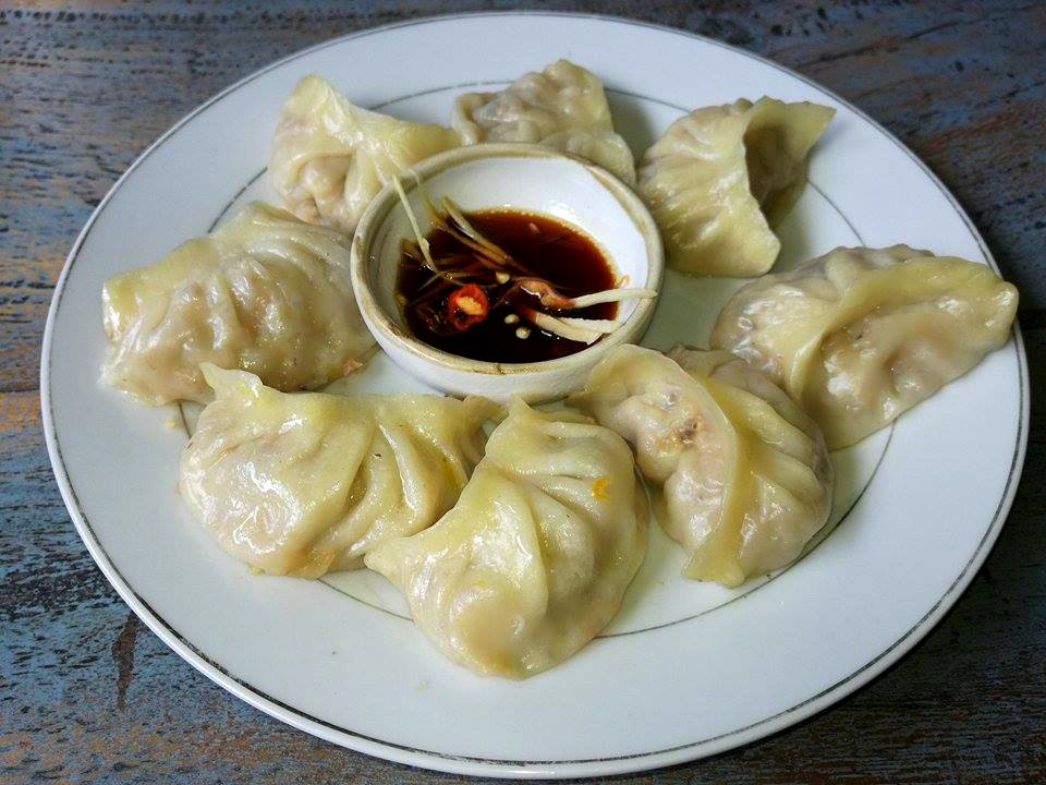 Chinese dumplings with soy & ginger sauce (vegan).